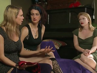 Lesbian called Rain DeGrey knows how to work beyond moist juicy pussy