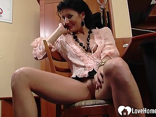Office chick shows some outer while talking to dramatize expunge boss on dramatize expunge phone