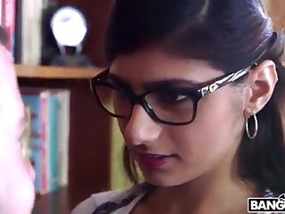 BANGBROS - Mia Khalifa is Back and Sexier Than Ever! Catch Well supplied Out!
