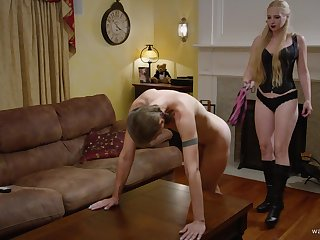 Kinky lesbian couple have a root fetish and they lick each understudy