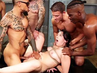 Bounce brunette enjoys her very first interracial gang-bang