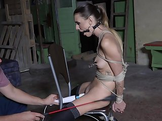Filial young unspecific at hand scenes of filthy sex