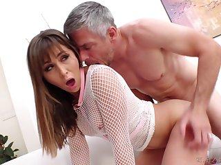 Big dick bloke rewards the horny slut with a the money cum facial