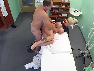 Buxom blonde call-girl gets some action close by eradicate affect doc's office