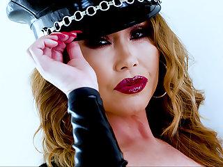 3 Facials Be advisable for Asian MILF Kianna Dior