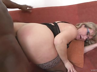 Mature PAWG Aja C takes cumshots exposed to glasses after hardcore sex concerning young black man